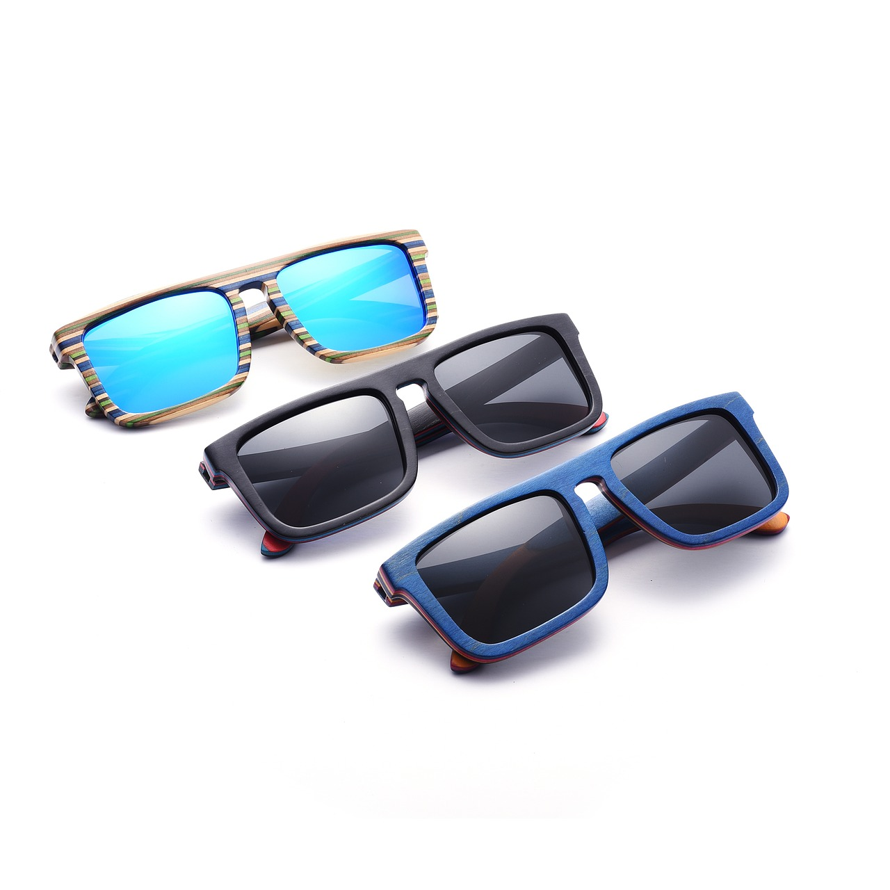 wood-sunglasses-2500253_1280.jpg